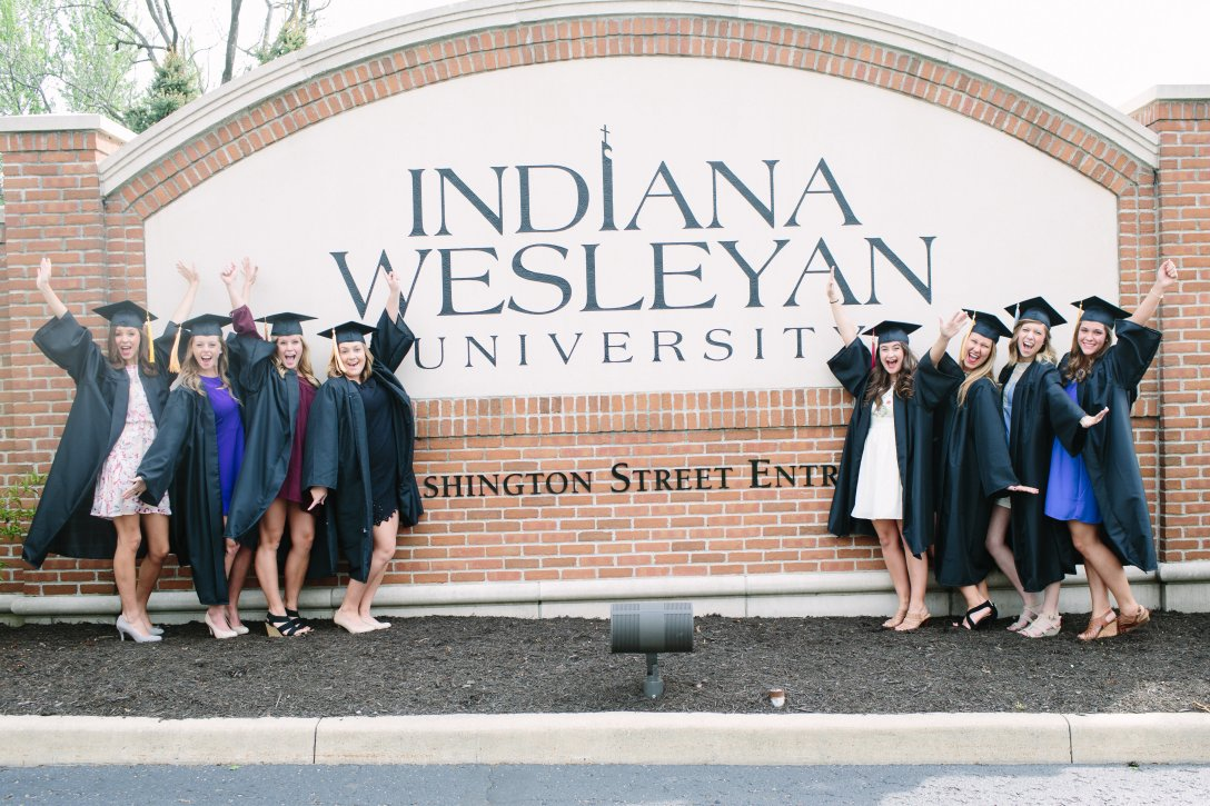 View More: http://wendymjphotography.pass.us/grad-life
