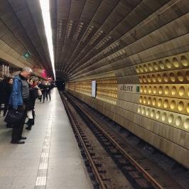 FINALLY understand the tram-metro-bus system.